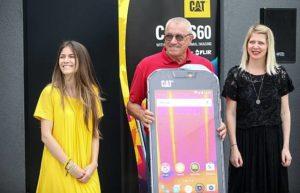 Lidia Halapir, Cat i Nina Išek Međugorac, HT uručile su Vinku rizmiću iz HGSS donaciju
