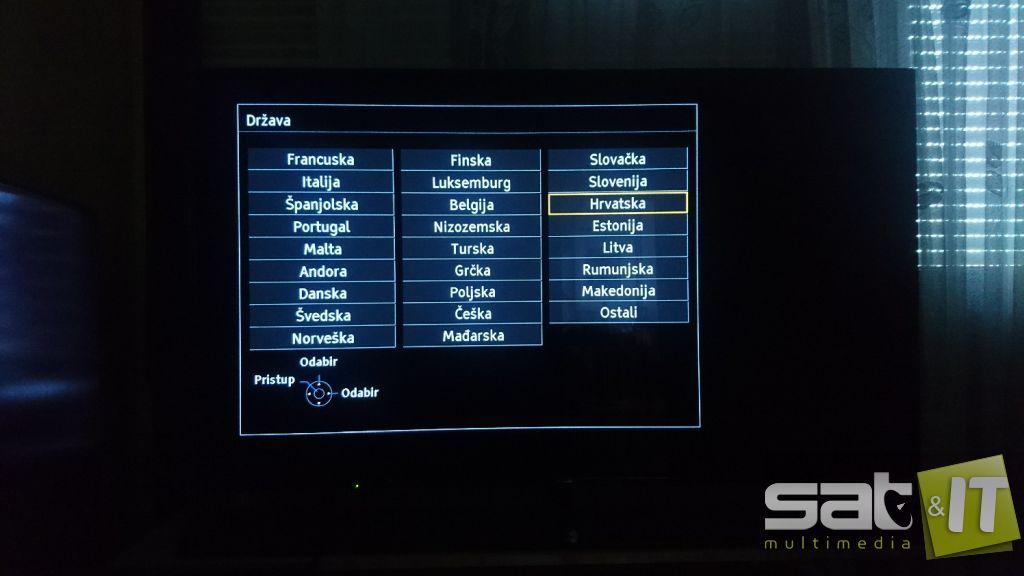 kako mogu spojiti 2 televizora na jedan satelitski prijemnik koji je sada iz 2 lanca