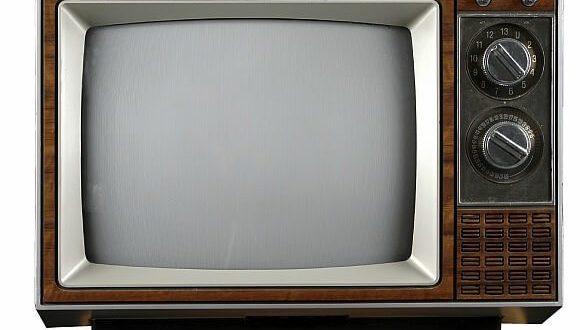 Selo bilo 18 meseci bez interneta,zbog starog televizora!